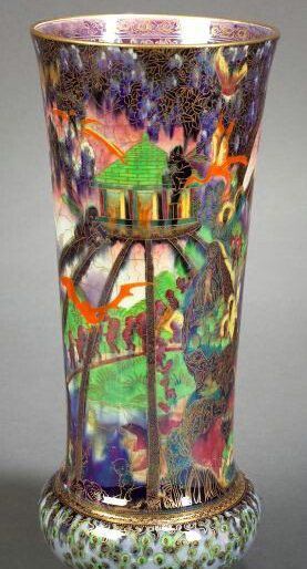 Fairyland Lustre Pattern Z4968 Vase