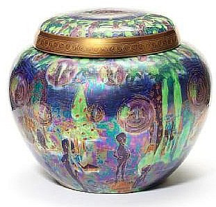 Fairyland Lustre Pattern Z5463 Vase