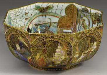 Fairyland Lustre Bird in a Hoop Bowl