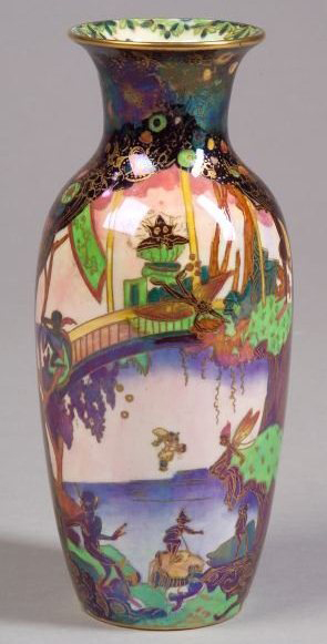 Fairyland Lustre Birds Nest Robbers Vase