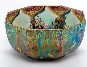 Fairyland Lustre Fiddler in Tree Bowl