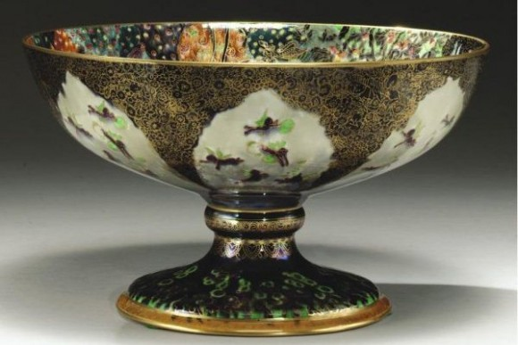 Fairyland Lustre Twyford Garlands Bowl
