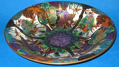 Fairyland Lustre Shape Number 2483